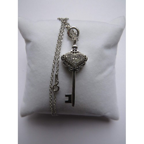 Key with Crystal Heart Pendant Silver / изготовлена из серебра 925